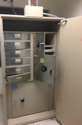 Diebold Safe Cashgard - Bank Equipment DOT Com FREE Classifieds